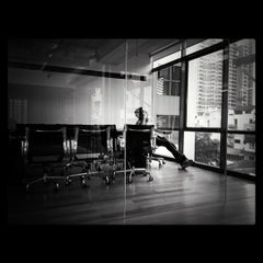 Photo taken at แปลนแอสโซซิเอทส์ ตึกแปลนเฮ้าส์ 3 ชั้นที่ 5 by PoLo O. on 8/17/2012