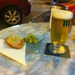 Photo taken at Linh Café by Sintomatik on 10/5/2012