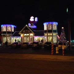 Photo taken at St. Nick's by Angel B. on 12/16/2012