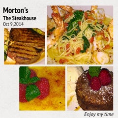 Photo taken at Morton's The Steakhouse by Rachel Y. on 10/11/2014