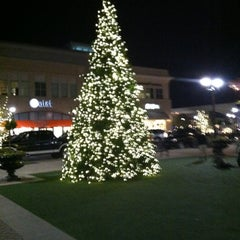 Photo taken at North Hills Shopping Center by Chino G. on 11/17/2012
