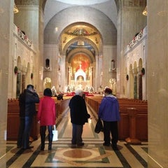 Photo taken at Washington National Cathedral by Dat L. on 12/28/2012