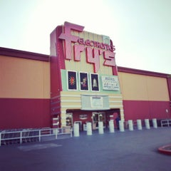 Photo taken at Fry's Electronics by Joel R. on 3/22/2013