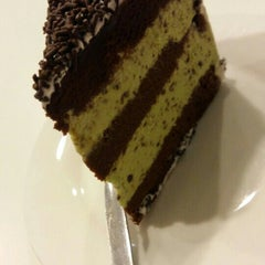 Photo taken at De Pastry Chef by Kristine on 8/20/2015