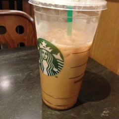 Photo taken at Starbucks by Christopher L. on 8/17/2013