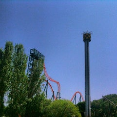 Photo taken at Parque de Atracciones de Madrid by Bernardo P. on 7/16/2013