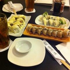 Photo taken at sushi-ya by Irvan e. on 10/7/2014