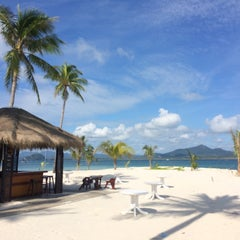 Photo taken at Koh Mook Sivalai Beach Resort by Deer W. on 10/2/2015