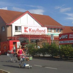 Photo taken at Kaufland by Architekt Robert Viktor Scholz on 8/1/2013