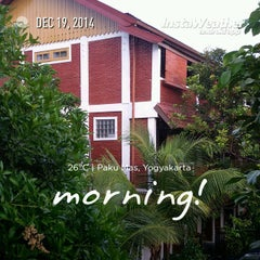 Photo taken at Hotel Pakumas by Erico d. on 12/18/2014
