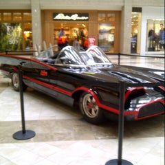 Photo taken at Westfield Hawthorn by Louisa D. on 10/9/2012