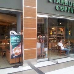Photo taken at Starbucks by Yiannis Y. on 9/30/2012