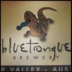 Photo taken at Bluetongue Brewery Cafe by Satie K. on 7/2/2013