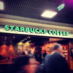 Photo taken at Starbucks by Boris A. on 4/23/2013