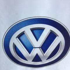 Photo taken at Pau Brasil - Concessionária Volkswagen by Talles A. on 4/5/2013