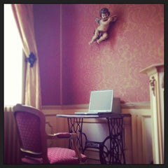 Photo taken at Jan Brito Hotel Bruges by Michelle B. on 4/15/2013