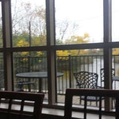 Photo taken at Staybridge Suites Chicago-Oakbrook Terrace by Bob S. on 10/18/2014