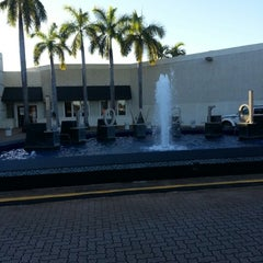 Photo taken at Westfield Broward Mall by Raphael M. on 12/27/2012