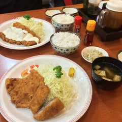 Photo taken at Tonkatsuya by Irene Andrea P. on 12/11/2014