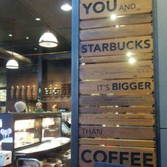 Photo taken at Starbucks by najlaa a. on 12/11/2012
