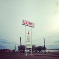 Photo taken at Emerald Bowl by Haywood G. on 4/1/2013
