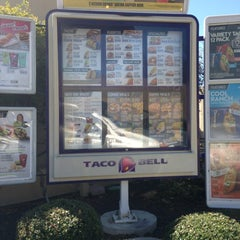 Photo taken at Taco Bell by Brandi D. on 3/12/2013