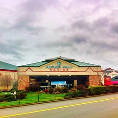 Photo taken at Feather Falls Casino & Lodge by fuzzzzzz on 2/7/2015