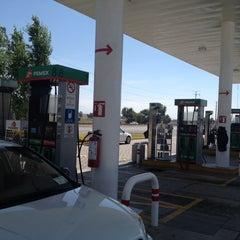 Photo taken at Gasolinera Covesu by Eddie H. on 3/16/2014
