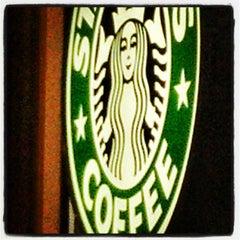 Photo taken at Starbucks by Francisco P. on 1/18/2013