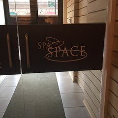 Photo taken at Spa Space by Bella E. on 3/30/2015