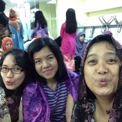 Photo taken at Kedutaan Besar Republik Indonesia by Ratih K. on 9/23/2015