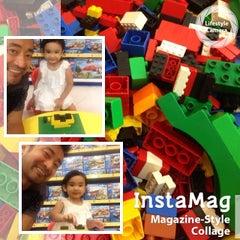 "Photo taken at Toys""Я""Us by Nap Jr. O. on 3/10/2014"
