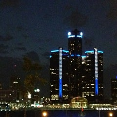 Photo taken at Detroit Marriott at the Renaissance Center by Galyna ✈ on 7/20/2013