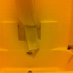 Photo taken at Country Inn & Suites By Carlson, Albuquerque Airport, NM by Gilbert A. on 2/14/2013