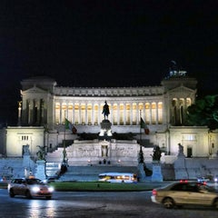 Photo taken at Altare della Patria by Tommy T. on 1/26/2013