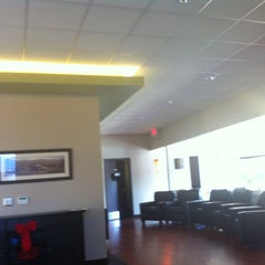 Photo taken at Back To Healthcare Chiropractic by Linus B. on 12/22/2012