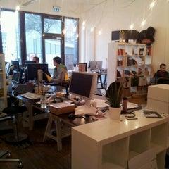 Photo taken at betahaus Hamburg by Mateusz K. on 2/8/2013