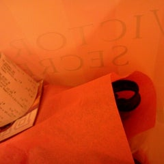 Photo taken at Victoria's Secret PINK by Handfull on 11/23/2012