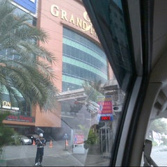 Photo taken at Hotel Grand Paragon by Merry T. on 12/12/2012