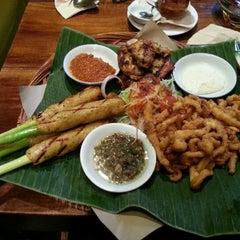 Photo taken at Ole-Ole Bali by Zainul on 11/18/2012