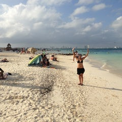 Photo taken at Cancún by Ivano R. on 12/28/2012