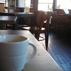 Photo taken at Starbucks by Doyle G. on 10/28/2013