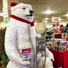 Photo taken at HomeGoods by Alex C. on 12/24/2014