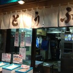 Photo taken at 築地 安達屋 by Yuko N. on 11/14/2012