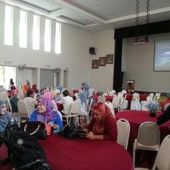 Photo taken at Rumah Sri Kenangan Cheras, Jabatan Kebajikan Masyarakat by Adam Mukhriz on 5/27/2014