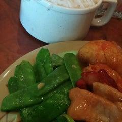 Photo taken at Dragon Gourmet Buffet by XJanette X. on 9/1/2014