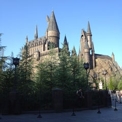 Photo taken at The Wizarding World Of Harry Potter - Hogsmeade by Amanda R. on 6/20/2013