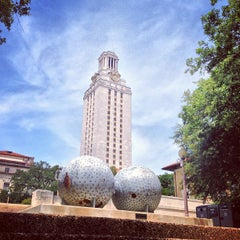 Photo taken at The University of Texas at Austin by Oliver T. on 7/26/2013
