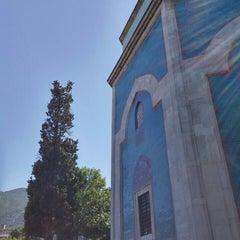 Photo taken at Yeşil Türbe by Pınar A. on 8/28/2015