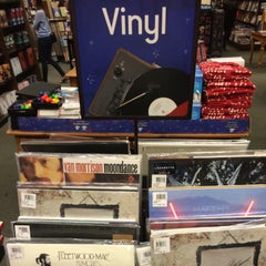 Photo taken at Barnes & Noble by Patrick B. on 12/24/2014